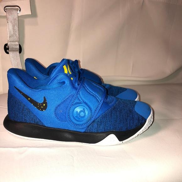 1baa79c9cb9c Nike KD Trey 5 Boys Basketball Shoes Youth 2.5. M 5c7dd82adf03072064899e47